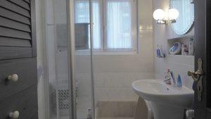 Bad in der Wohnung Obergeschoss