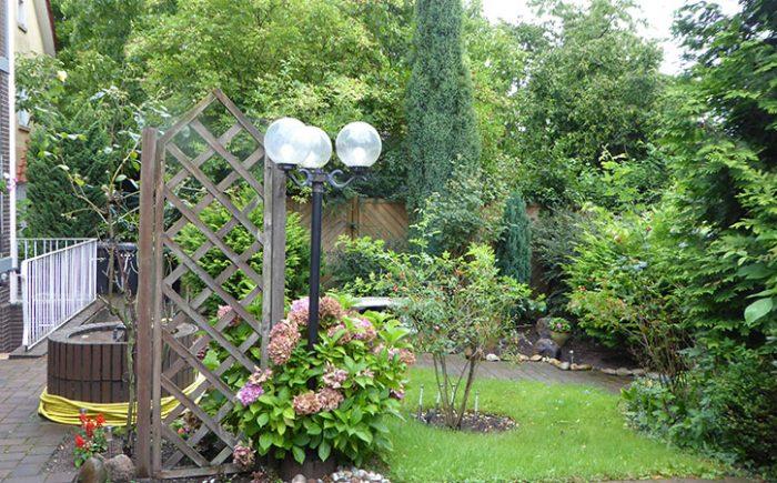 Lauschiger kleiner Garten ...