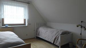 Zimmer Dachgeschoss - vormals Küche